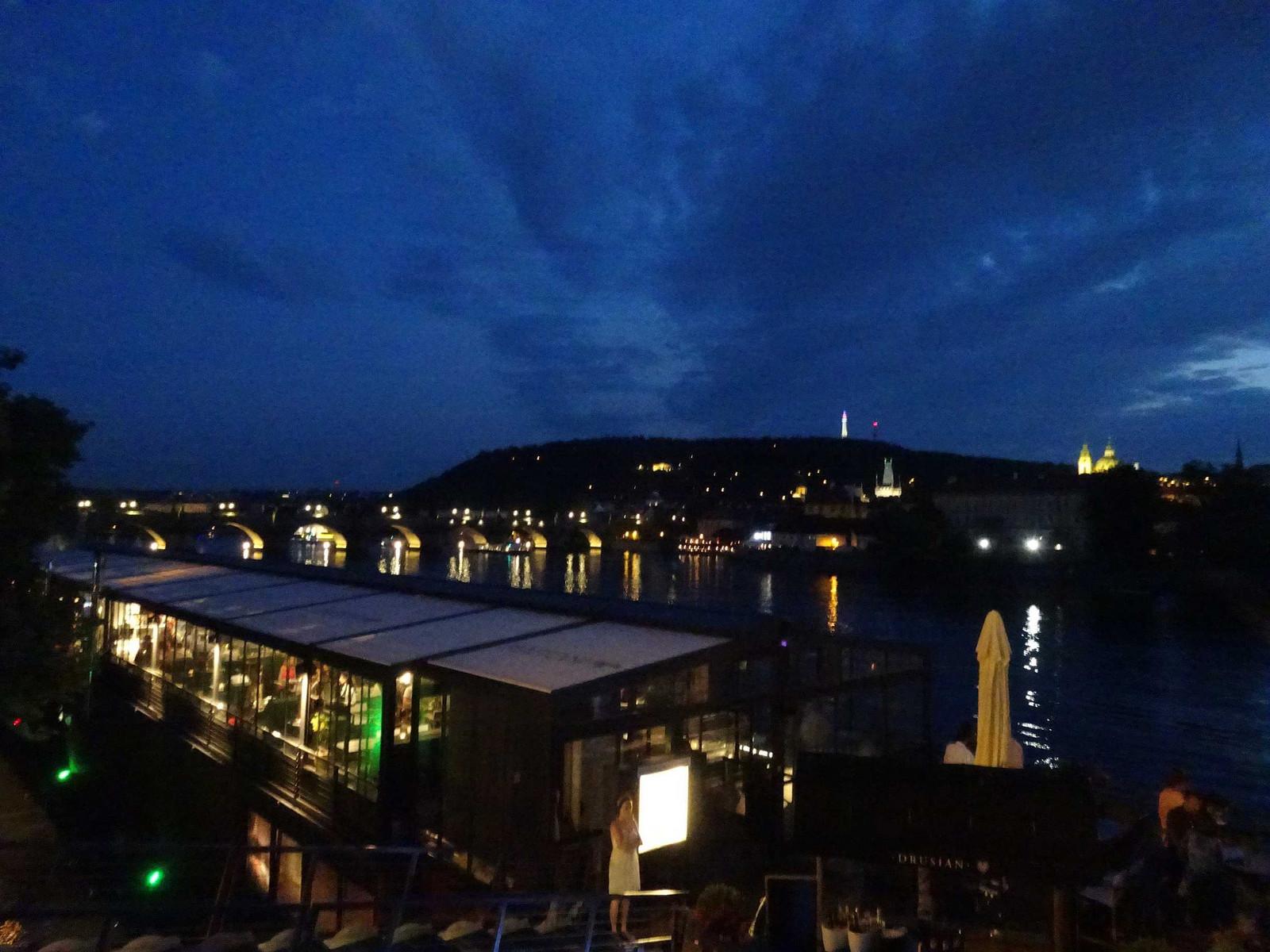 Praha_on_labe_2